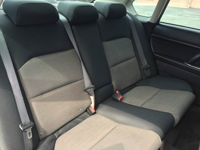 2005 Subaru Legacy AWD 2.5i 4dr Sedan - Bellflower CA