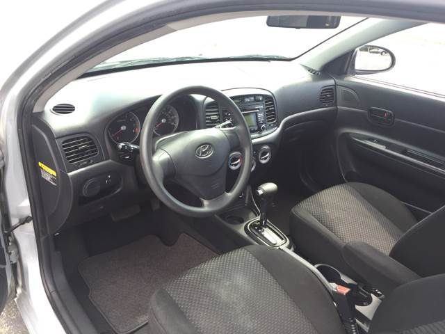 2009 Hyundai Accent GS 2dr Hatchback - Bellflower CA