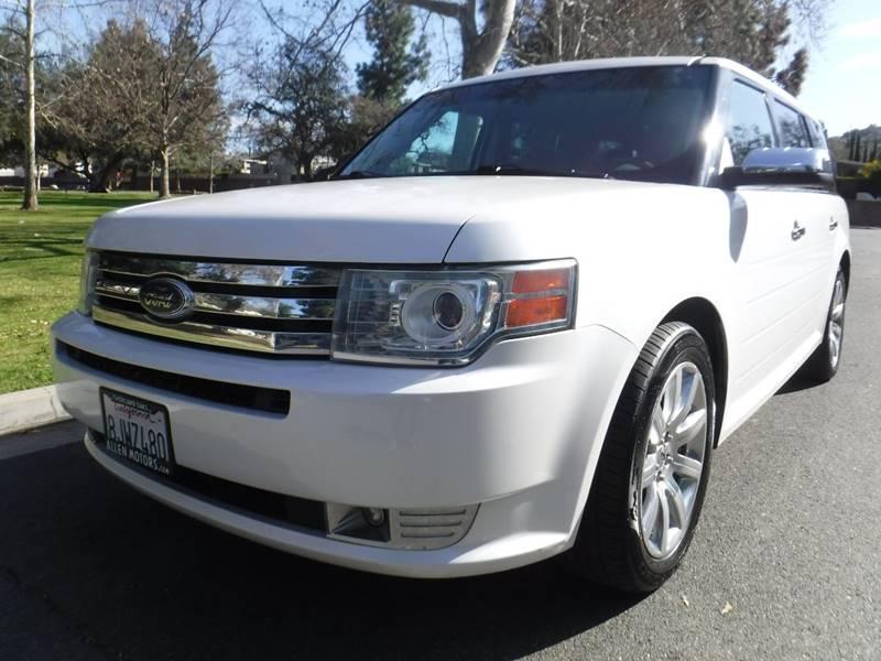 2010 Ford Flex Limited (image 1)