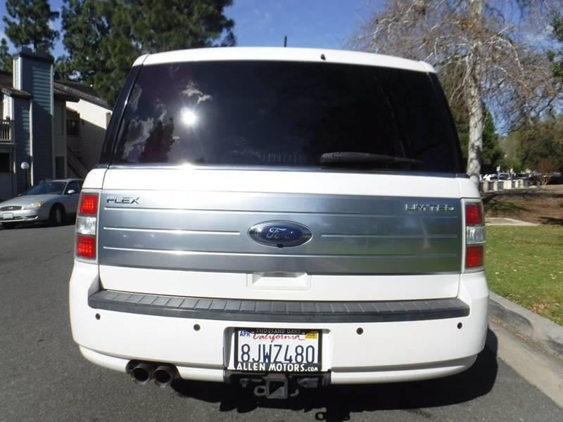 2010 Ford Flex Limited (image 4)