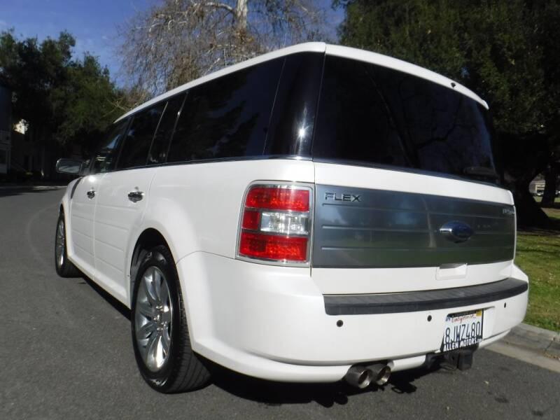 2010 Ford Flex Limited (image 5)
