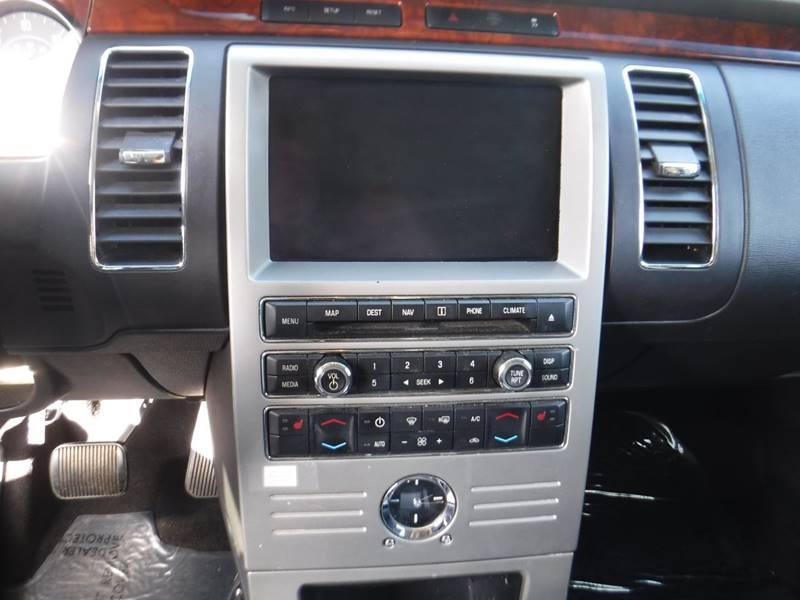 2010 Ford Flex Limited (image 7)