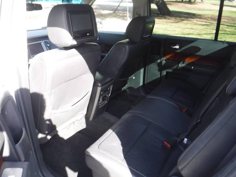 2010 Ford Flex Limited (image 10)