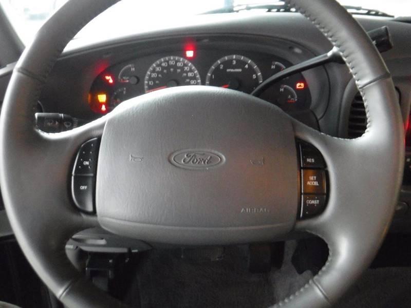 2001 Ford F-150 Lariat (image 26)