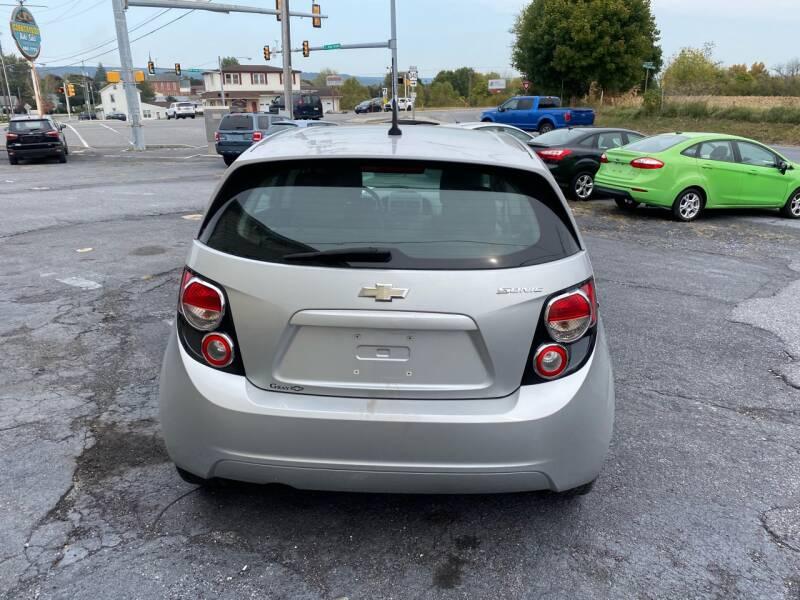 2012 Chevrolet Sonic LS 4dr Hatchback w/1LS - Fredericksburg PA