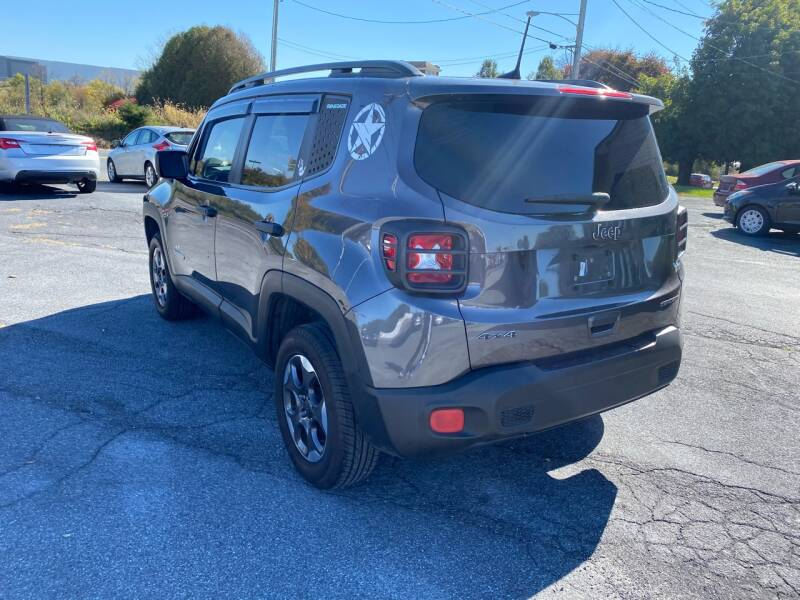 2018 Jeep Renegade 4x4 Sport 4dr SUV - Fredericksburg PA