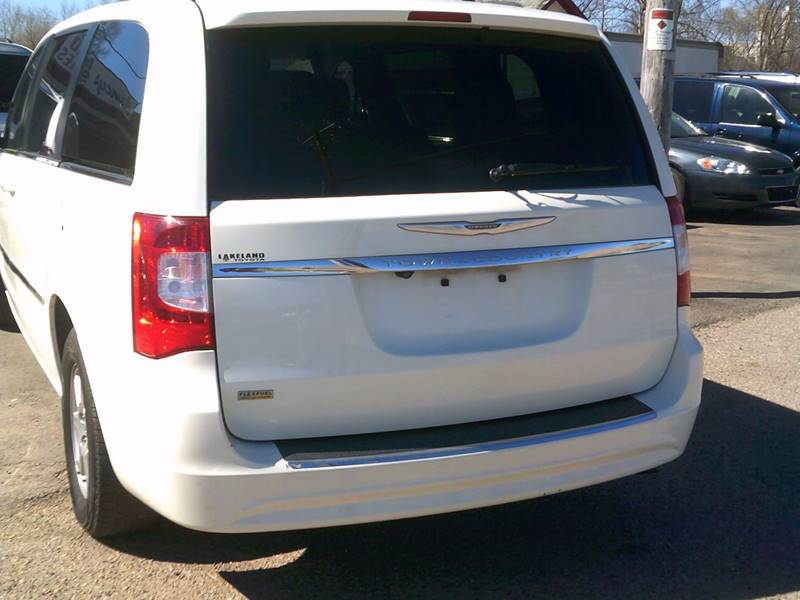 2013 Chrysler Town And Country Touring 4dr Mini-Van In South Beloit