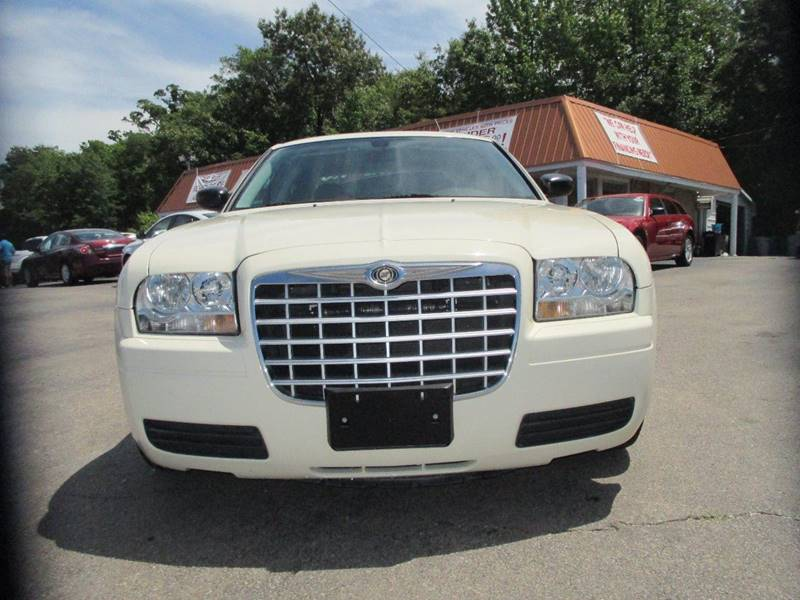 2008 Chrysler 300 for sale at Henderson Auto Sales in Poplar Bluff MO