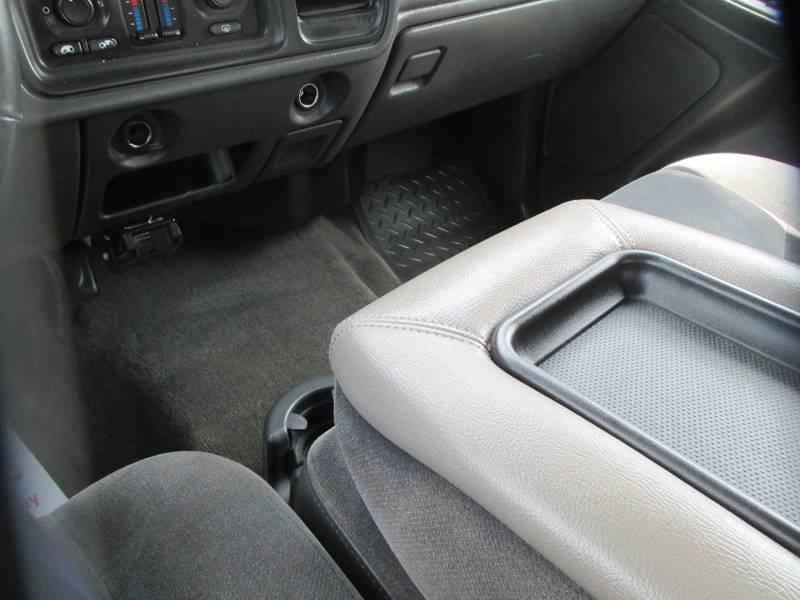 2005 GMC Sierra 1500 for sale at Henderson Auto Sales in Poplar Bluff MO