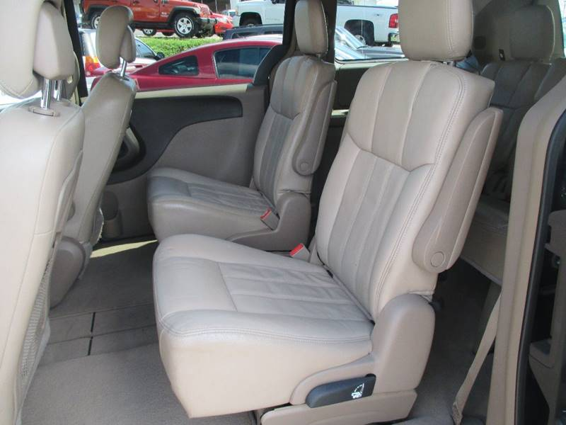 2011 Chrysler Town and Country for sale at Henderson Auto Sales in Poplar Bluff MO