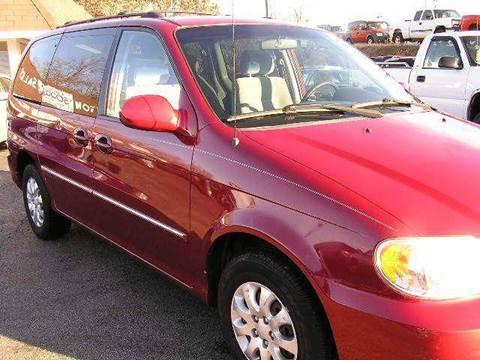 2005 Kia Sedona for sale at Henderson Auto Sales in Poplar Bluff MO