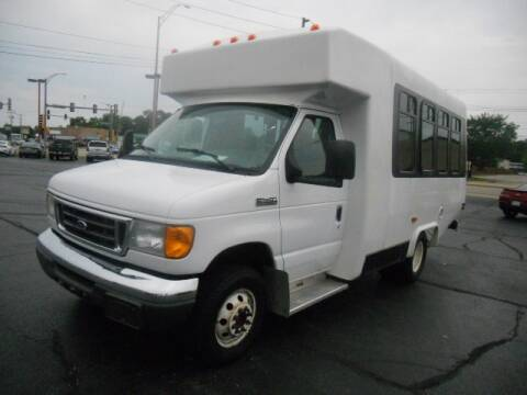 2006 Ford E-Series Chassis for sale at Windsor Auto Sales in Loves Park IL