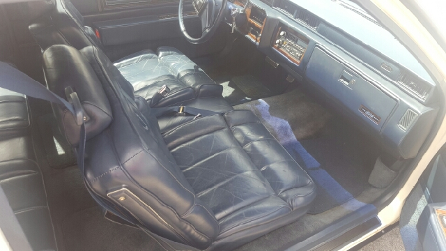 1987 Cadillac DeVille Base 2dr Coupe - Salida CO