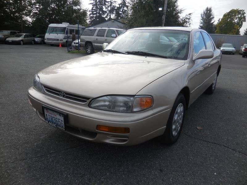 1996 Toyota Camry LE 4dr Sedan   Everett WA