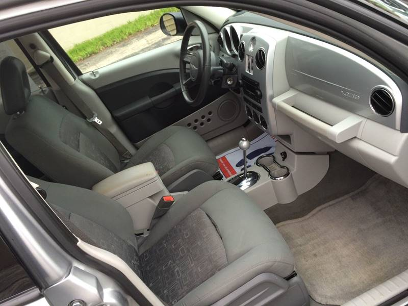 2010 Chrysler PT Cruiser 4dr Wagon - Rockford IL