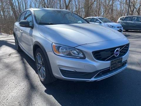 2018 Volvo V60 Cross Country for sale in Holland, MI