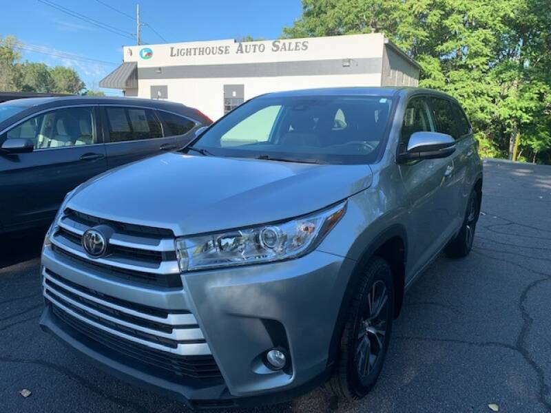 2018 Toyota Highlander for sale at Lighthouse Auto Sales in Holland MI