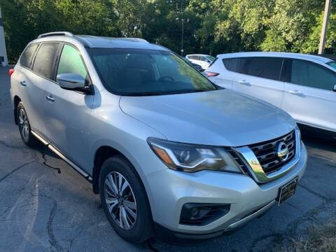 2017 Nissan Pathfinder for sale at Lighthouse Auto Sales in Holland MI