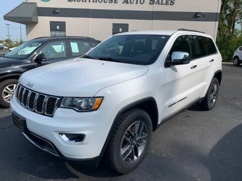 2017 Jeep Grand Cherokee for sale at Lighthouse Auto Sales in Holland MI