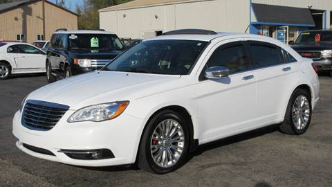 2012 Chrysler 200 for sale in Lapeer, MI