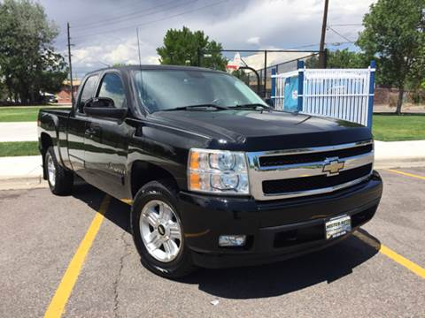 2007 Chevrolet Silverado 1500 for sale at Mister Auto in Lakewood CO