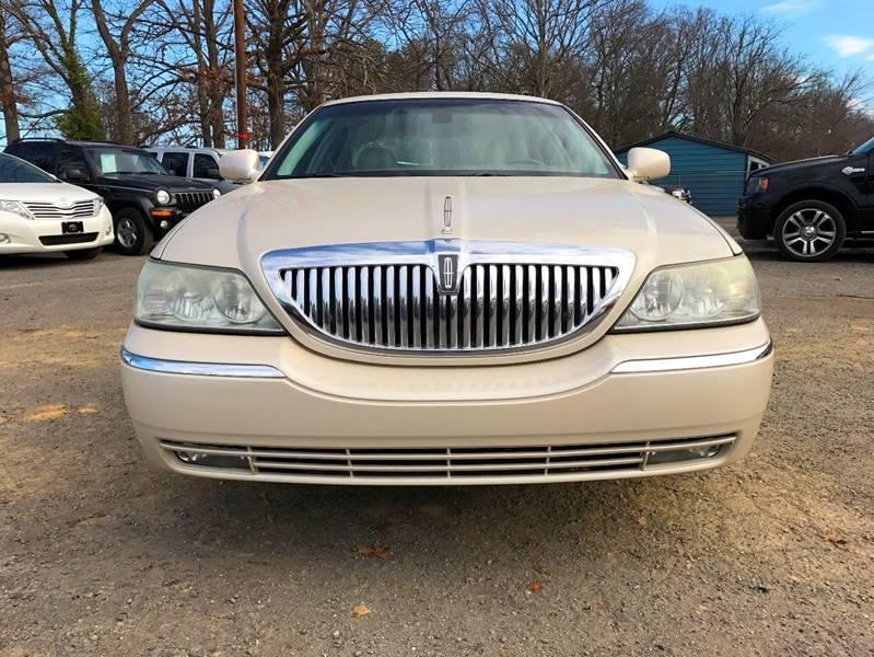 2003 Lincoln Town Car for sale at All City Auto Sales in Indian Trail NC