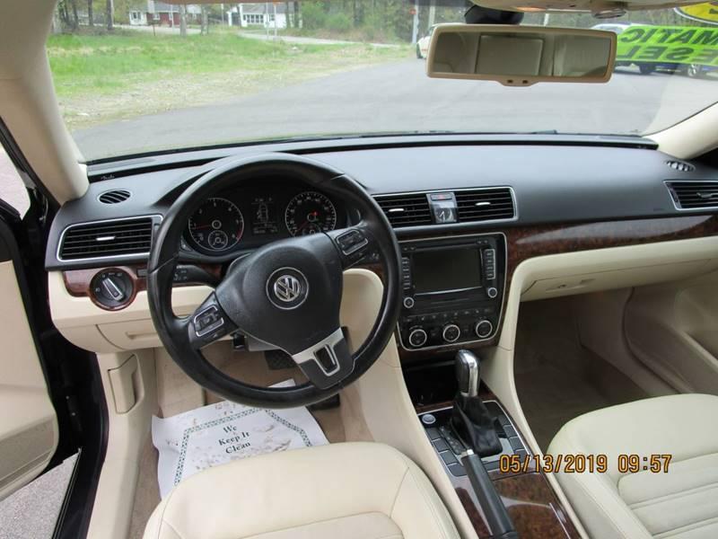 2012 Volkswagen Passat TDI SEL Premium 4dr Sedan 6A In
