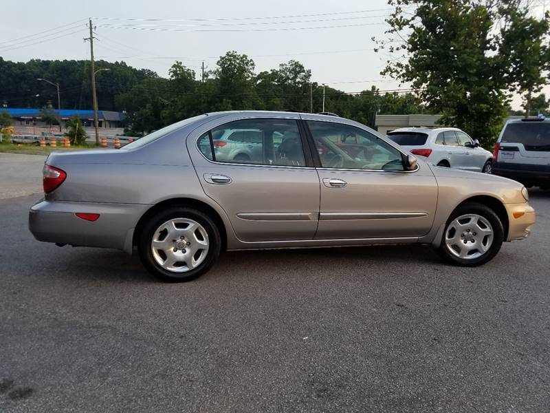 2001 Infiniti I30 for sale at Euro Motors LLC in Raleigh NC