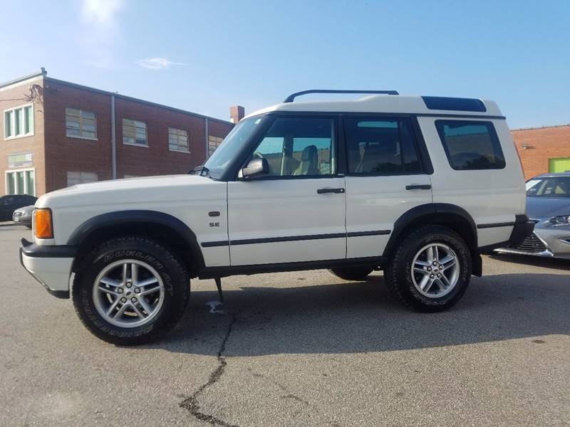 2002 Land Rover Discovery Series II for sale at Euro Motors LLC in Raleigh NC