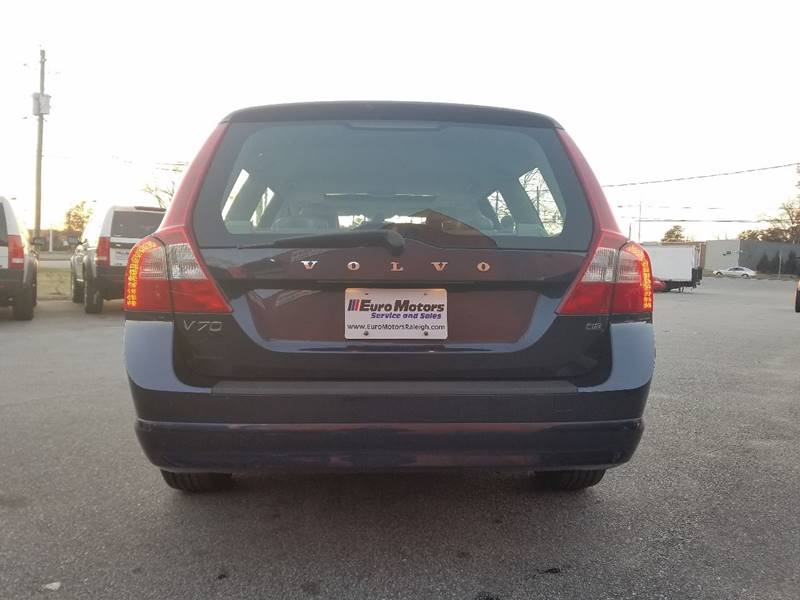 2010 Volvo V70 for sale at Euro Motors LLC in Raleigh NC