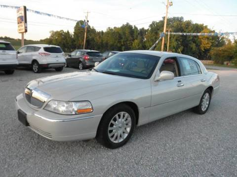 2006 Lincoln Town Car for sale in Lexington, TN
