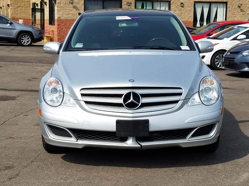 2006 Mercedes-Benz R-Class for sale at Car Source in Detroit MI