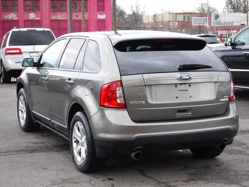 2013 Ford Edge for sale at Car Source in Detroit MI