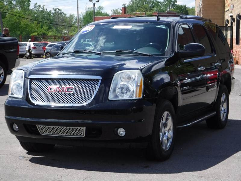 2007 GMC Yukon for sale at Car Source in Detroit MI