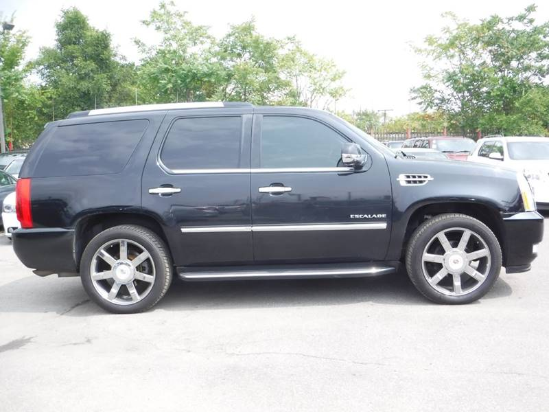 2010 Cadillac Escalade for sale at Car Source in Detroit MI