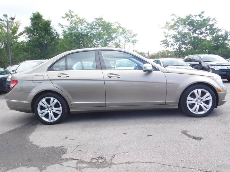 2010 Mercedes-Benz C-Class for sale at Car Source in Detroit MI