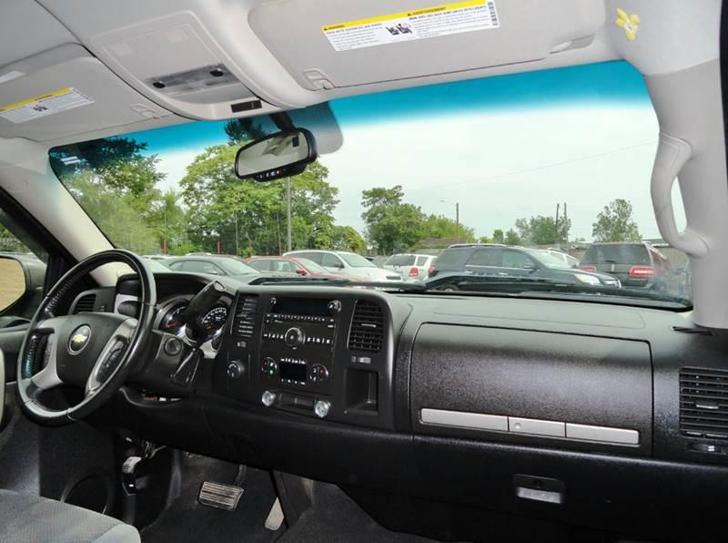 2007 Chevrolet Silverado 1500 for sale at Car Source in Detroit MI