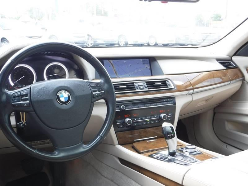 2009 BMW 7 Series for sale at Car Source in Detroit MI