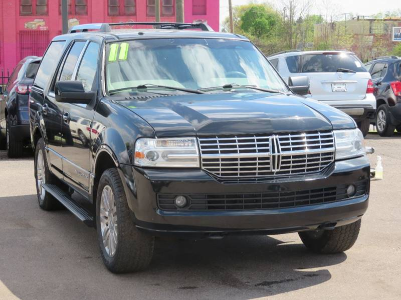 2011 Lincoln Navigator car for sale in Detroit