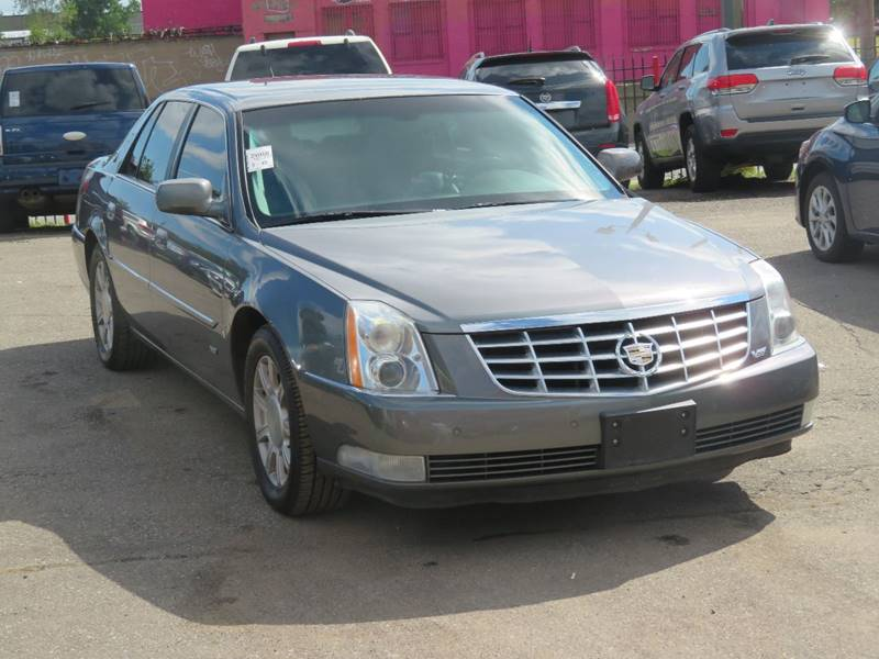 2008 Cadillac Dts car for sale in Detroit