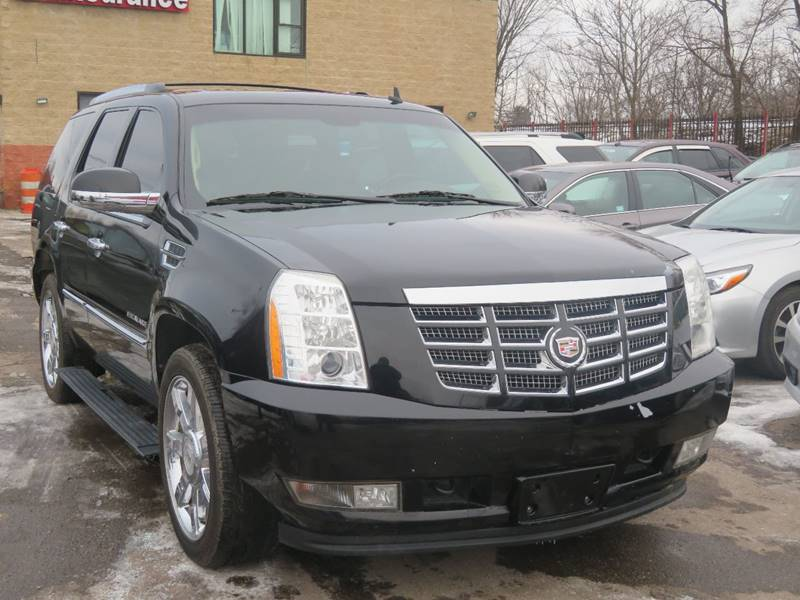 2010 Cadillac Escalade car for sale in Detroit
