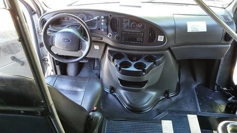 2008 Ford E-450