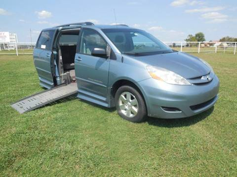 2008 Toyota Sienna for sale in Mounds, OK