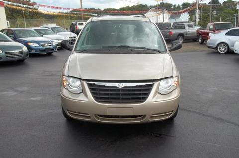 2005 Chrysler Town and Country for sale in Union Town PA