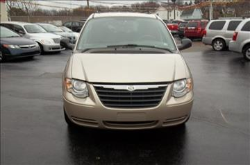 2005 Chrysler Town and Country for sale in Union Town, PA