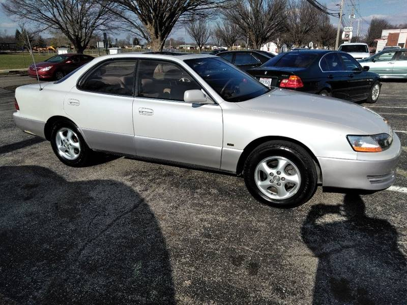 1996 Lexus ES 300 4dr Sedan   West Carrollton OH