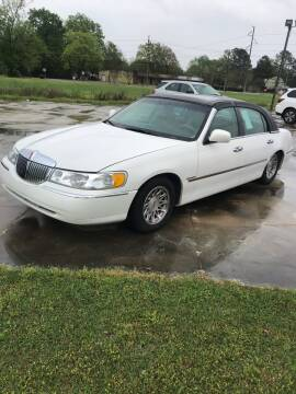 1998 Lincoln Town Car for sale at Safeway Motors Sales in Laurinburg NC