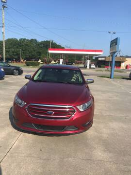 2016 Ford Taurus for sale at Safeway Motors Sales in Laurinburg NC