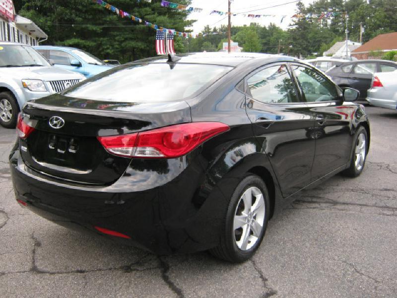 2013 Hyundai Elantra GLS 4dr Sedan - Pelham NH