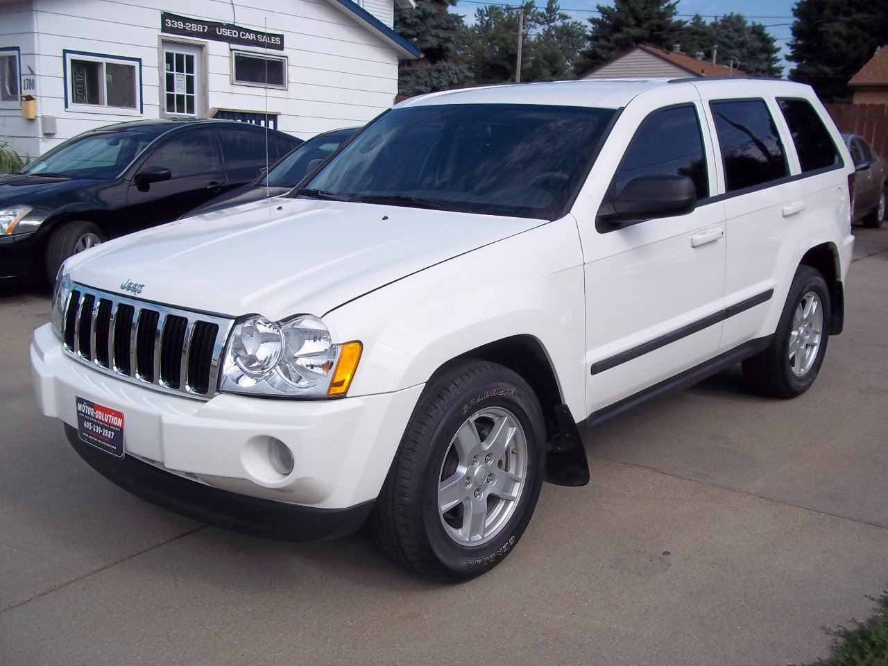2007 jeep grand cherokee laredo 4dr suv 4wd in sioux falls sd motor solution. Black Bedroom Furniture Sets. Home Design Ideas